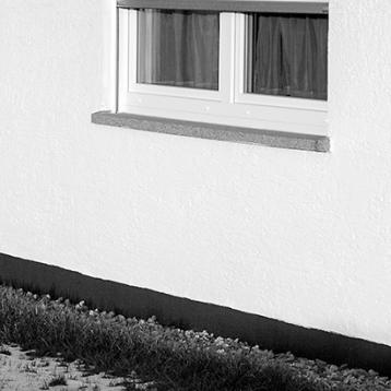 licht-und-schatten-fenster, im Winter, sw-foto, wildpeppermint-design.de