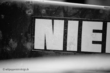 NIe, sag niemals nie, sw-foto typo, wildpeppermint-design.de